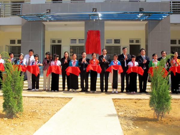 Khánh thành Khu Nội trú Trường Phổ thông Dân tộc Nội trú Thuận Châu